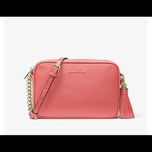 Michael Kors Ginny crossbody in grapefruit (NWT)